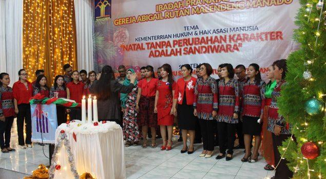 Kentalnya Toleransi Beragama dalam Ibadah Pra Natal Rutan Manado