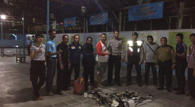 Razia Malam di Lapas Banjarmasin Sita Belasan HP & Charger
