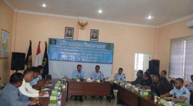 Para Tahanan Pria Martapura 'Dievakuasi' ke Lapas Banjarbaru