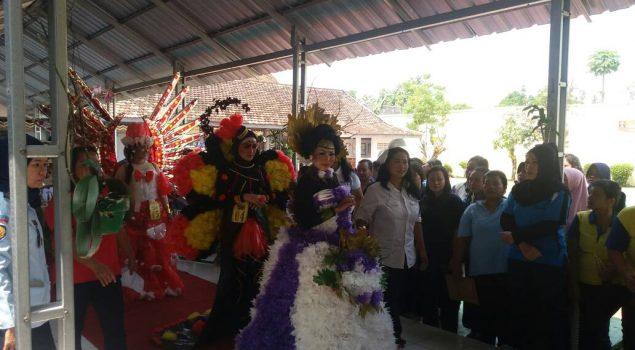 """Lenggak-Lenggok WBP Meriahkan """"Nature on Carnival 2017"""""""