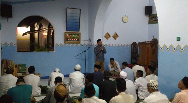 Tarawih Pertama, WBP & Petugas Penuhi Masjid Rutan Serang