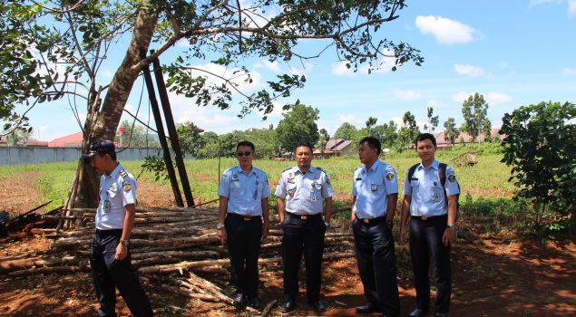 Tim Survey Kanwil Kalsel Tinjau Lokasi Pembangunan Lapas Perempuan