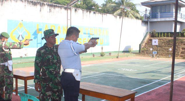 Latihan Menembak Perkuat Pengamanan Napi Lapas Sekayu