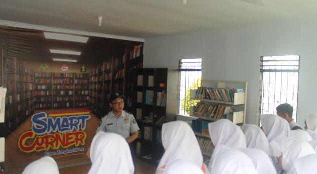 Siswa SMANSA Warunggunung Puji Smart Corner Rutan Rangkasbitung
