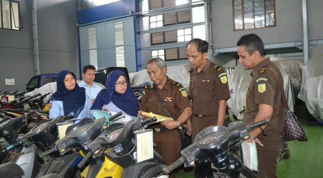 Segera Dilelang, Basan Baran di Rupbasan Bandung Dicek Fisik
