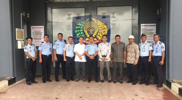 Kompang & Pencak Silat WBP Lapas Batam Sambut Anggota Komisi I DPRD Kepri