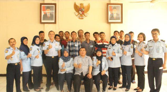 Bapas Jakarta Timur-Utara Latih Klien Keterampilan Servis AC