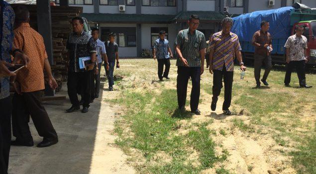 Datangi Rupbasan Kendari, Anggota DPRD Sultra Bahas Status Alih Tanah