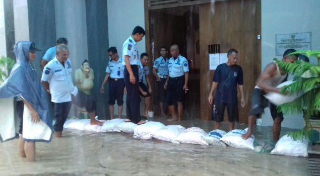 Yogya Hujan Deras, Rutan Bantul Terendam Banjir