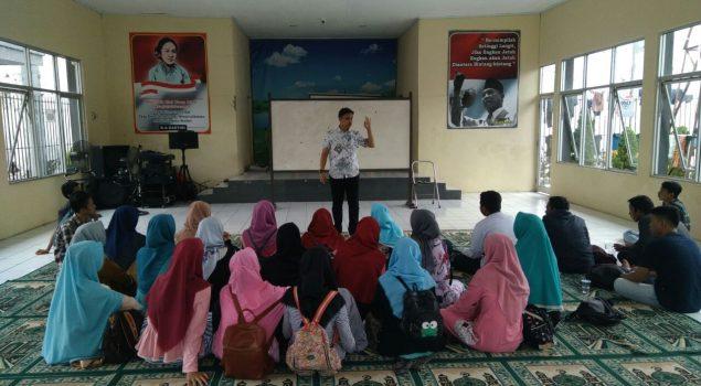 Puluhan Mahasiswa Belajar Bahasa Inggris di Rutan Rangkasbitung