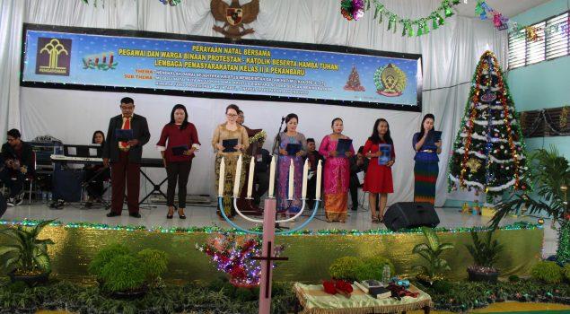 Puji-Pujian Natal Menggema di Lapas Pekanbaru