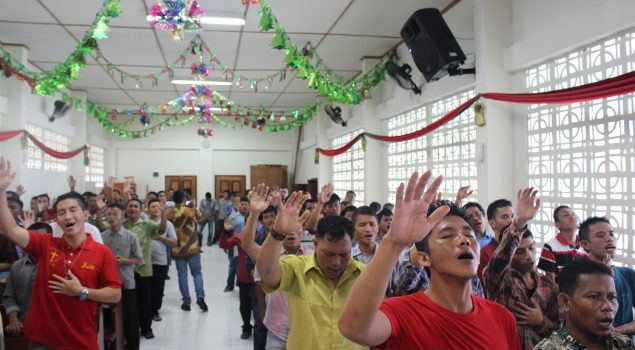 Ibadah Natal Bersama Bergema di Lapas Pekanbaru