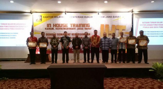 Lapas Bogor Juara I dalam Pelaporan SDP & SMS Gateway Kanwil Jabar