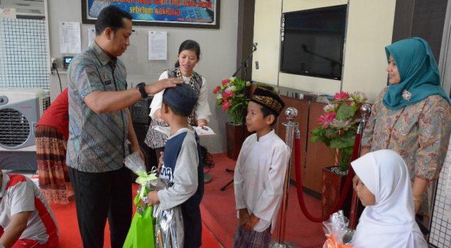 Lapas Narkotika Jakarta Santuni Anak Yatim Piatu