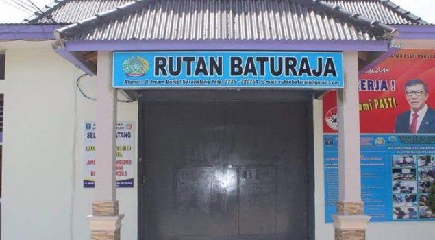 50 Sak Semen Bantu Perbaikan Kolam Ikan Rutan Baturaja