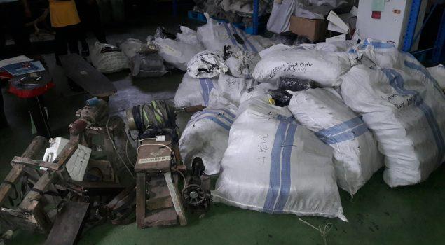 Eiger Palsu Kasus Pelanggaran Merek Disimpan di Rupbasan Bandung
