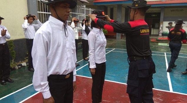 Awali Orientasi, CPNS Lapas Fakfak Disematkan Topi Rimba