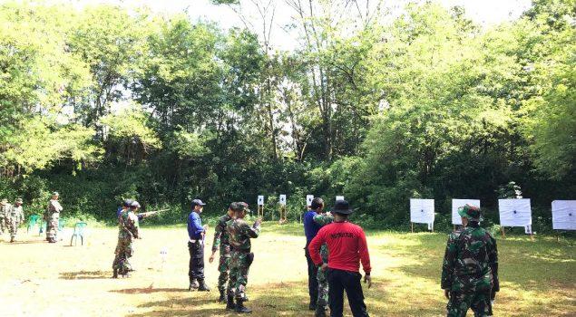 Latihan Menembak Cegah Kerusuhan di Lapas Kotabumi