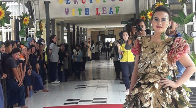 """Peragaan Busana """"Beautiful with Leaf"""" Meriahkan LPP Malang"""
