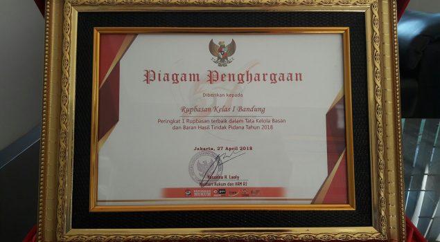 Rupbasan Bandung Raih Penghargaan Rupbasan Terbaik Tata Kelola Basan & Baran Tahun 2018