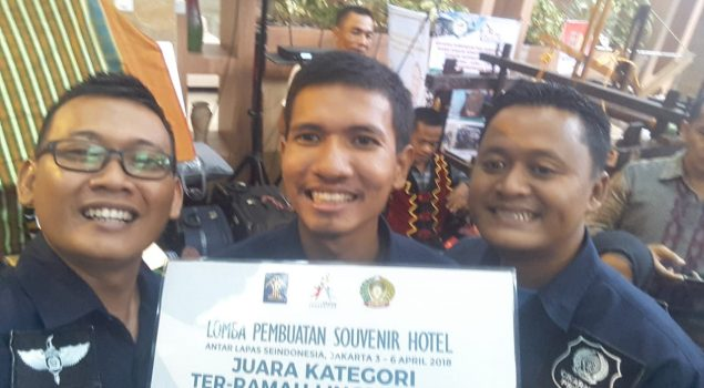 Lapas Cikarang Juara I Kategori Produk Souvenir Ter-Ramah Lingkungan