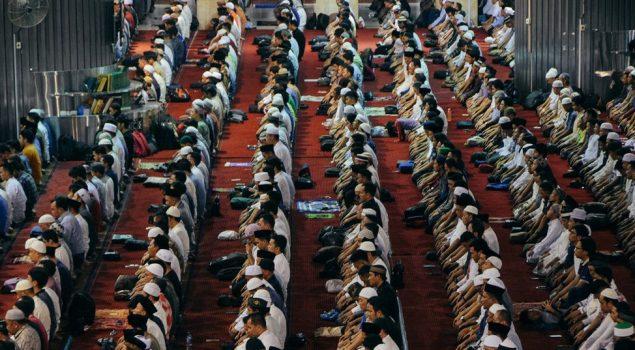 Galeri: WBP Padati Jamaah Tarawih Malam Pertama Ramadan