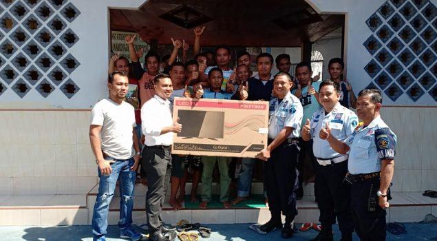 WBP Rutan Bantaeng Dapat TV Baru untuk Hiburan