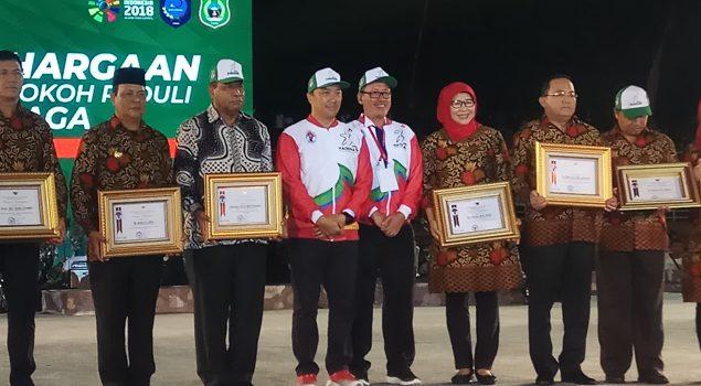 Jadi Penggerak Olahraga, Dirjen Pemasyarakatan Raih Penghargaan Dari Menpora