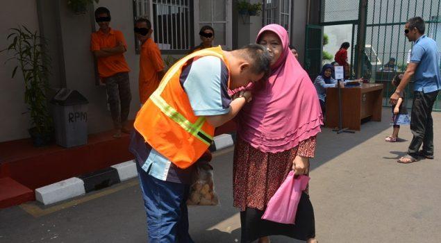 Kunjungan Tanpa Sekat, WBP LPN Jakarta Sumringah