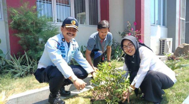 Lapas Pemuda Madiun Bantu SDN Sriwijaya Madiun Lor 03