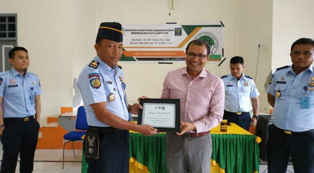 Mahasiswa UIN Alauddin Sambangi Lapas Narkotika Sungguminasa