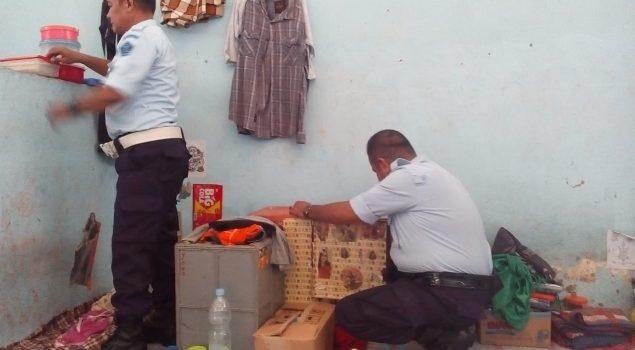 Kepala Pengamanan Lapas Watampone Pimpin Razia WBP
