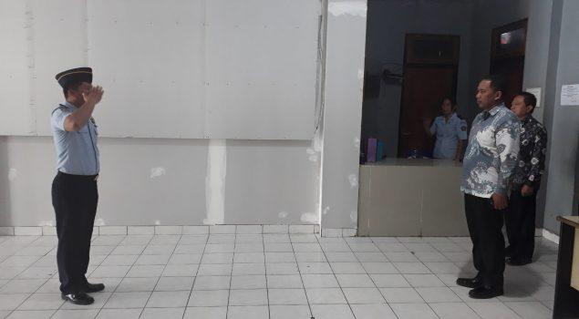 Datangi Rutan Manado, Plt. Dir. Watkes & Rehabilitasi Lakukan Uji Petik