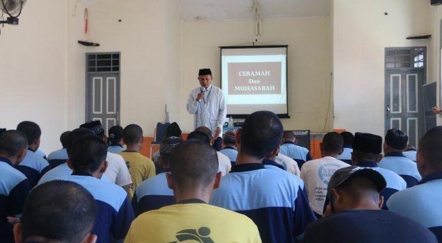 Univesitas Negeri Makassar Gelar Seminar Untuk WBP Lapas Narkotika Sungguminasa