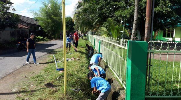 Tuai Pujian, WBP Rutan Manado Ikut Bersihkan Fasilitas Umum