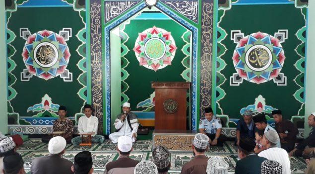 Pimpinan Ponpes Al Ikhsan I Magetan Beri Tausyiah WBP Rutan Batang