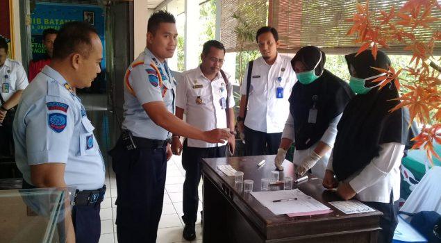 Tes Urin di Rutan Batang, WBP & Petugas Nihil Narkoba