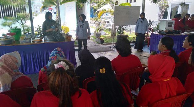WBP LPP Lampung Belajar Buat Pie Susu