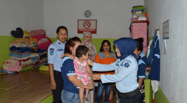 Tim Kesehatan Lapas Watampone Keliling Blok, Cek Kesehatan WBP