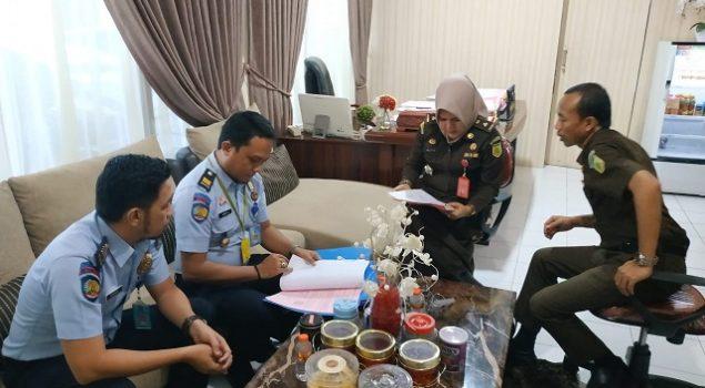 Datangi Kejari Makassar, Perwakilan LPP Sungguminasa Tanyakan Berkas Narapidana