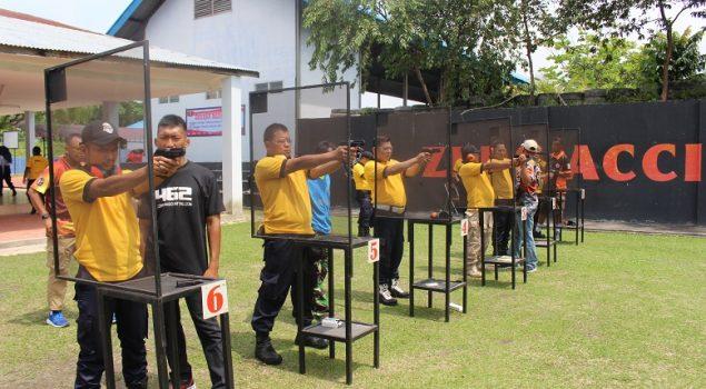 65 Petugas Lapas Pekanbaru Latihan Menembak & Bongkar Pasang Senjata