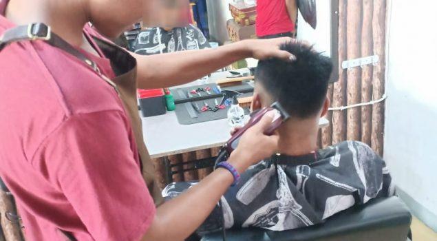 Pelatihan  Fotografer, Pramusaji dan Barbershop untuk Anak LPKA Kupang