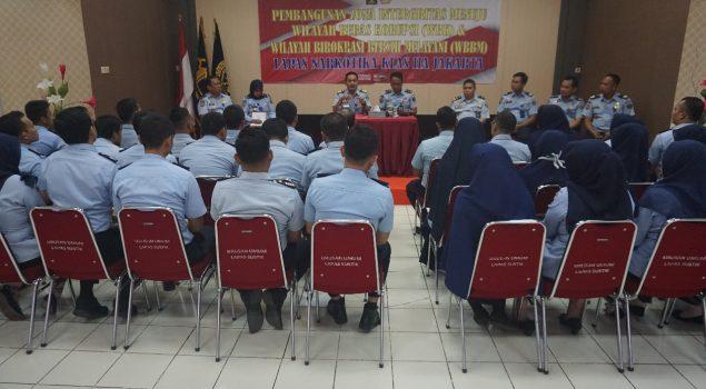 Staf Ahli Bidang Penguatan Reformasi Birokrasi Kemenkumham Berikan Motivasi Menuju WBK/WBBM Kepada Jajaran Lapas Narkotika Jakarta