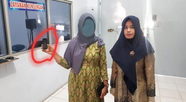 Petugas Perempuan Cabrutan Lhoknga Gagalkan Penyelundupan HP oleh Pengunjung