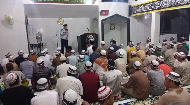 WBP Rutan Mamuju Salat Tarawih Bersama Kakanwil & Kapolda Sulbar