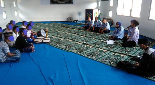 Pelatihan Hadroh Warnai Ramadan di LPKA Kutoarjo