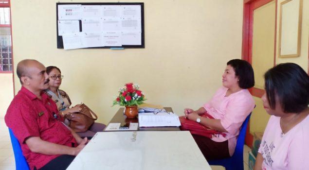 Kalapas Perempuan Ambon Promosikan Produk WBP Kepada Pejabat BNNP Maluku