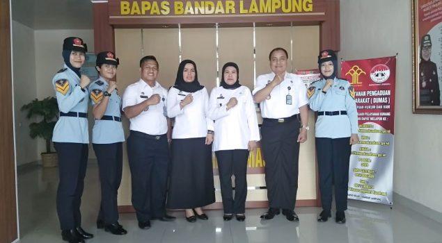 Direktur Poltekip Pantau PKL Taruni di Bapas Bandar Lampung