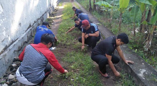 Kerja Bakti Kuatkan Silaturahmi Petugas Rutan Bantaeng
