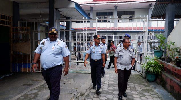 Datangi Lapas Fakfak, Ini Yang Dilakukan Kakanwil Papua Barat